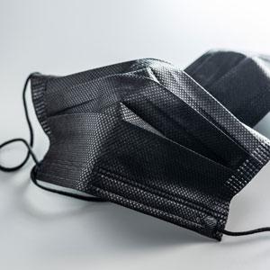 Schwarze medizinische Mundnasenmasken